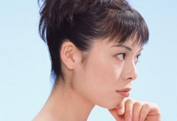 Как сделать прическу на средние волосы дома